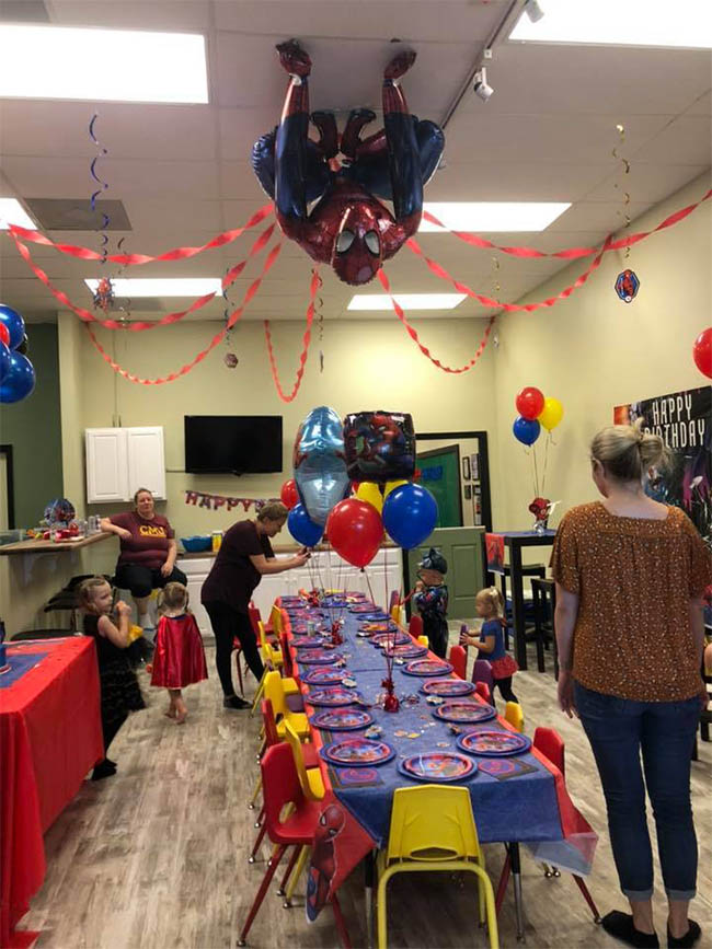 Spiderman Party Table Display | Whiz Kids Play Zone & Party Place - Naples, Florida